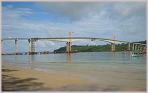 完成した橋