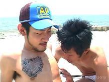 ゲイ動画:誰もいない海で抜かれたい~SEA OF LOVE~