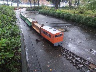 雨の中、試運転 中央線もどきで
