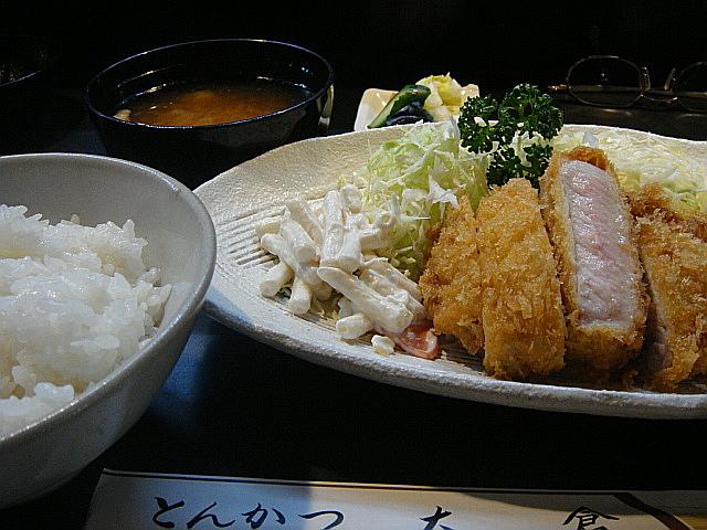 レギラーメニューのとんかつ定食@大倉