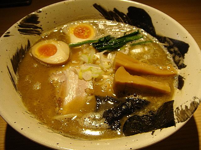 中華そば(味付け玉子入)@麺屋 みちしるべ