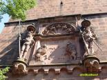 門塔の飾り