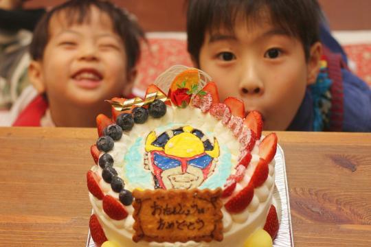 妻の誕生日?ケーキ2011