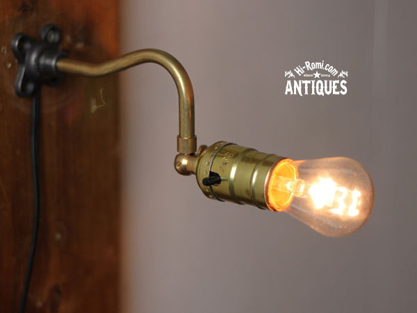 LEVITONソケット角度調整付工業系壁掛ライトA/アンティーク照明 20120305
