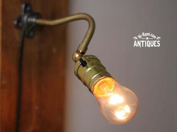 LEVITONソケット角度調整付工業系壁掛ライトB/アンティーク照明 20120305