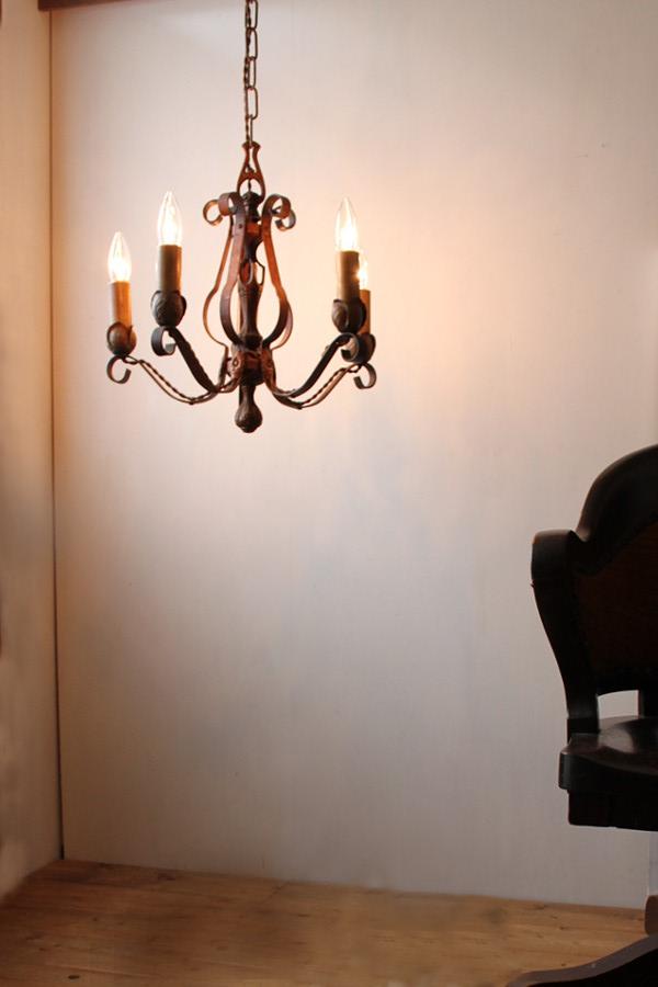 ヴィンテージ アイアン製5灯シャンデリア/カントリー アンティーク ブロカント ランプ