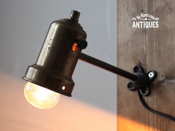 U.S.A.アメリカンヴィンテージ工業系(インダストリアル系)シェード付きウォールランプ/アンティーク壁掛け照明ライト