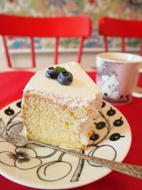 blue berry chiffon cake