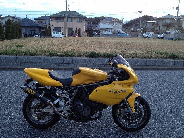 ss900ie朝練 001DUCATI