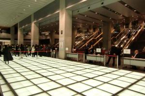 東京国際フォーラ厶06