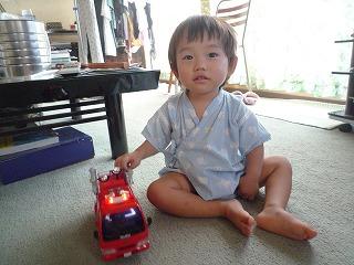 110816_消防車を貰う (6)