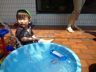 110818_さわやか(水遊び)