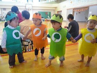 111001_運動会野菜達 (2)
