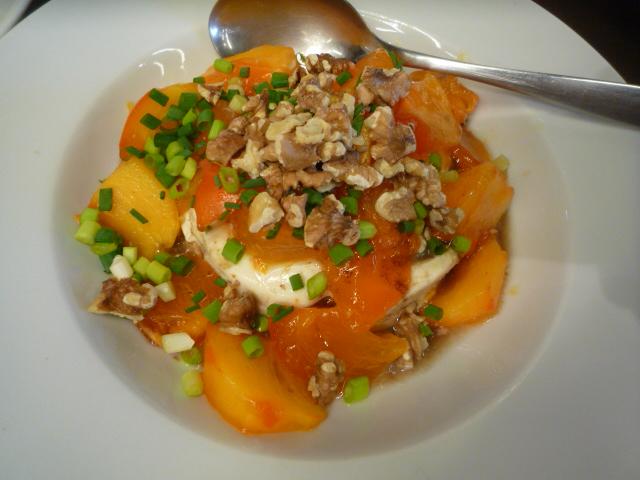 豆腐と柿のサラダ