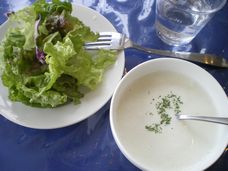 サラダ&スープ。