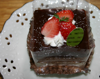 新作ケーキ20120311b