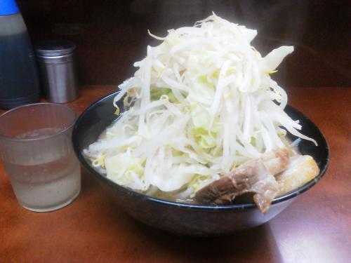 20111226_ラーメン二郎めじろ台法政大学前店-001