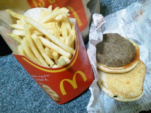 20120131_McDonalds16号相模原店-001