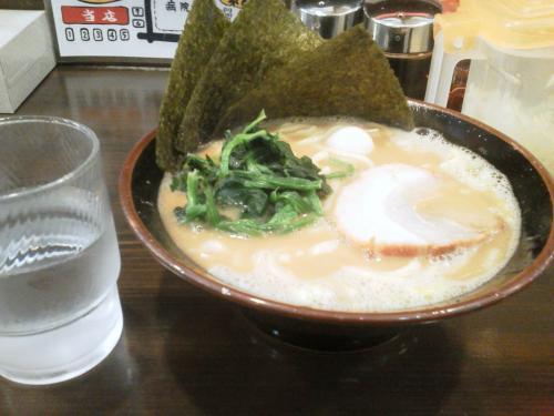 20120321_横濱家系ラーメン町田商店マックス-003