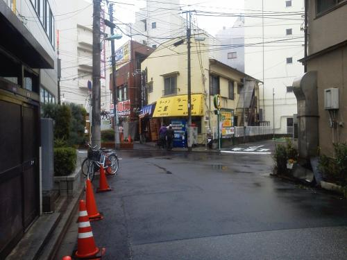20120324_ラーメン二郎松戸駅前店-001