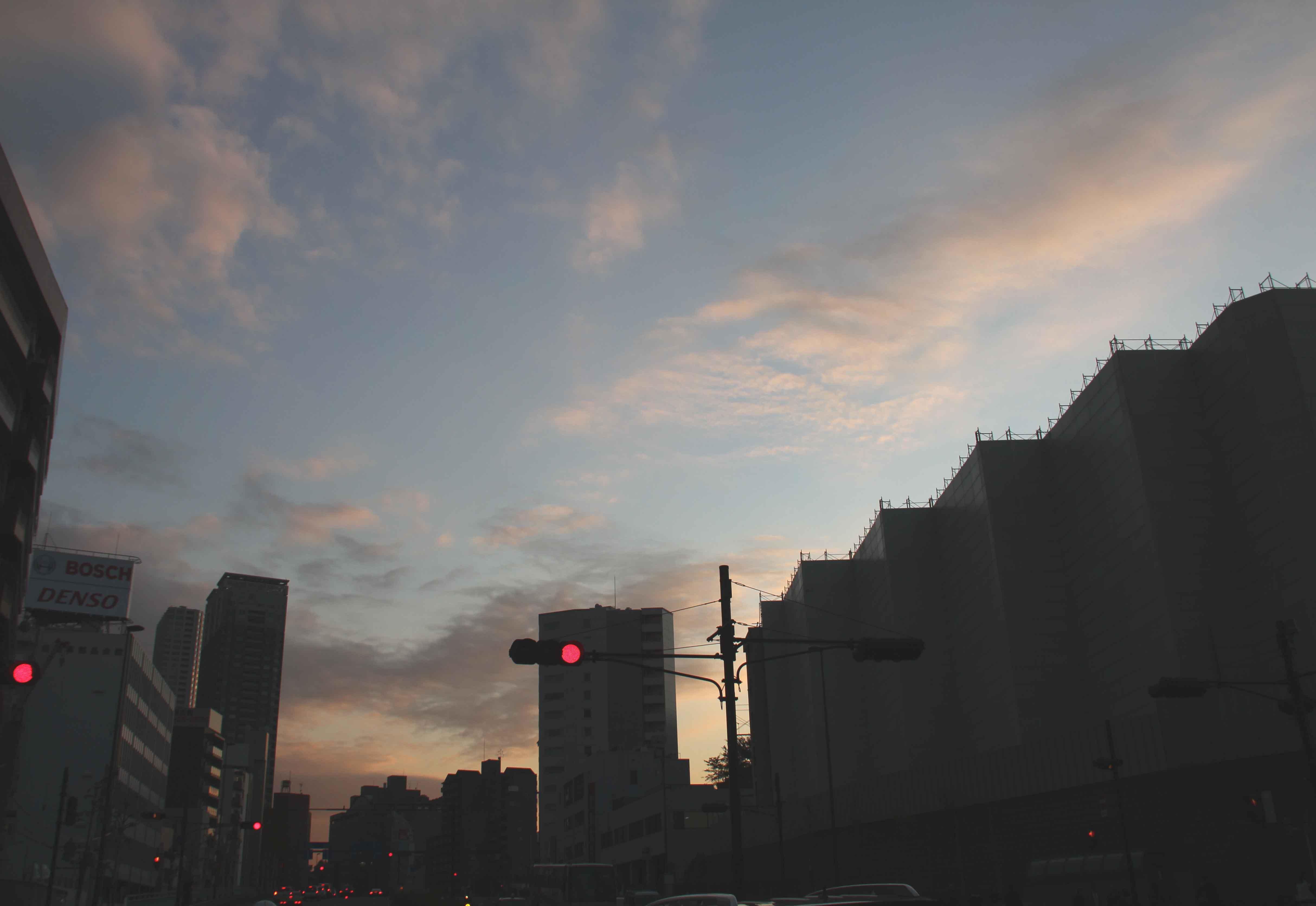 11月26日の東京の空(16時11分)