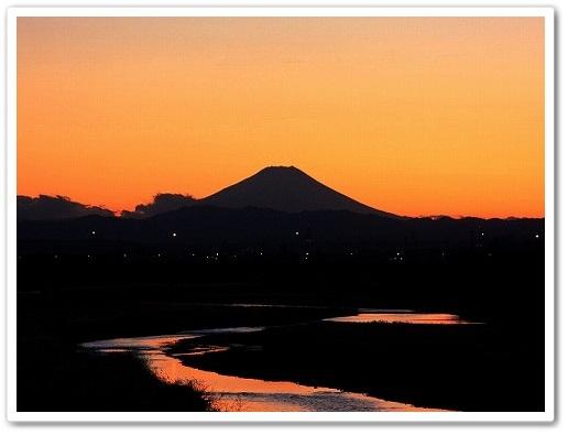 2011-12-30 川越えから見る富士山 019-001