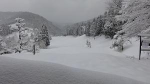 訓練会場のゴルフ場  すっごい雪!!!