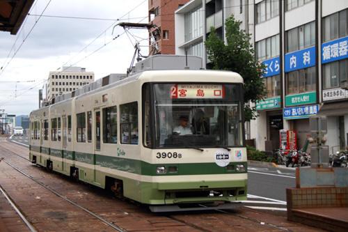 120909-495x.jpg