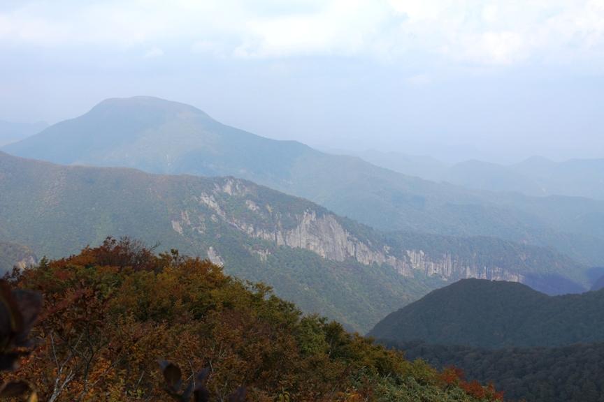 大東岳と磐司岩