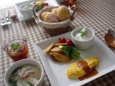 lunch20070701010008.jpg