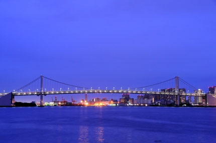 夜明けの晴海埠頭公園