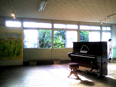 ひかりさすピアノ