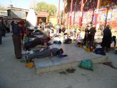 ヒプノセラピー スピリチュアルライフ チベット 旅 ラサ 五体投地
