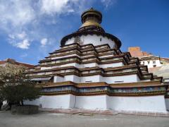 ヒプノセラピー スピリチュアルライフ 聖地 チベット 白居寺 ギャンツェ