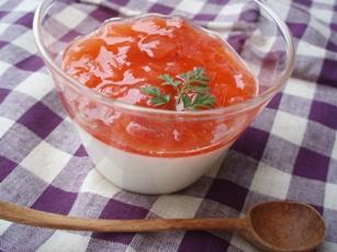 イチゴヨーグルトゼリー