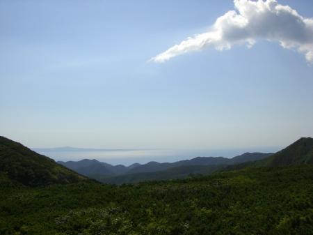 展望台から国後島