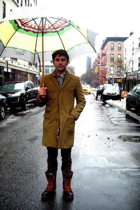 ll-bean-boots-jcrew-coat-jcrew-sweater-burberry-scarf-gap-pants_400.jpg