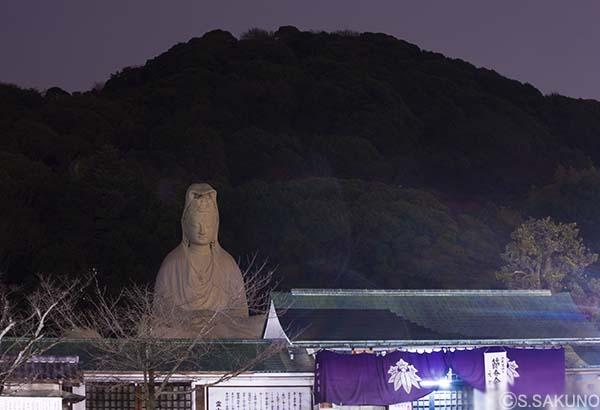 京都の夜024W5704