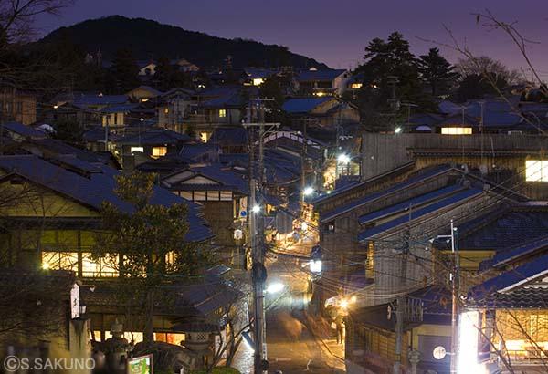 京都の夜024W5691