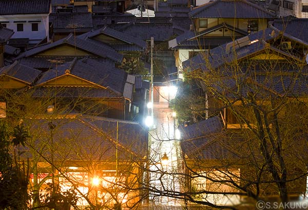 京都の夜024W5695