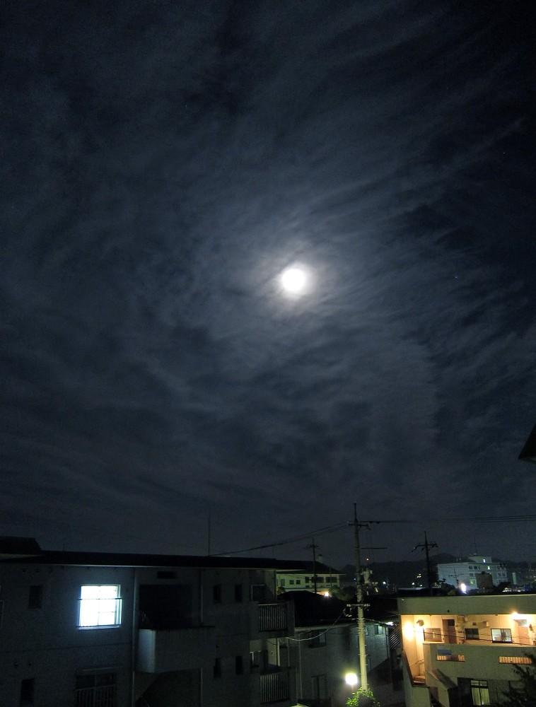 ベランダからの月景