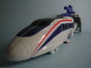 アストロトレイン・新幹線