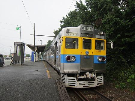 御代志駅 3