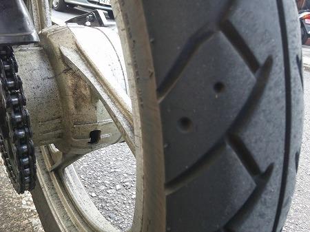 タイヤ 2