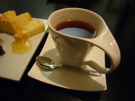 スイーツ・ラボ・ミルク カフェ