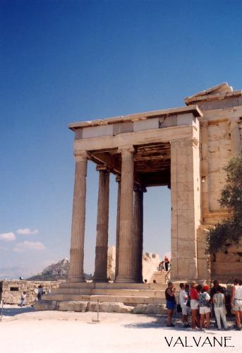 ギリシャ、神殿とリュカビトスの丘。