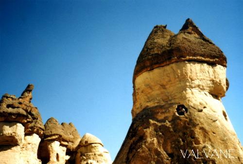 トルコ、カッパドキアの奇岩で遊び倒す