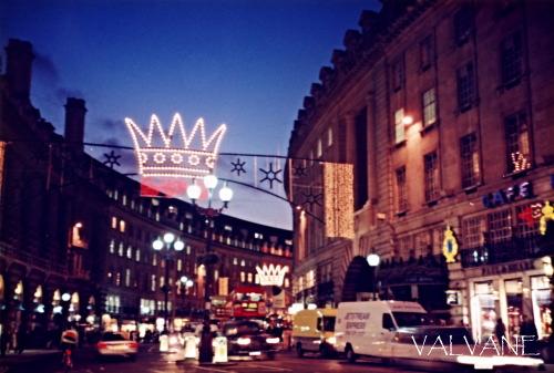 イギリス、クリスマス前のリージェントストリート