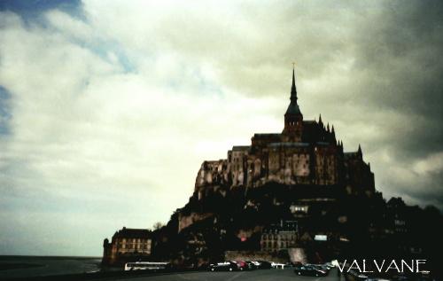 フランス、曇りのモン・サン・ミシェル