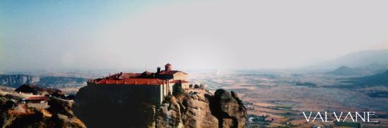 ギリシャ、メテオラの修道院とテッサリア平原